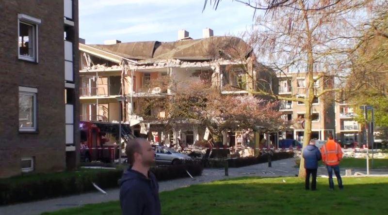 Beelden over explosie in flat Heerlen   L1