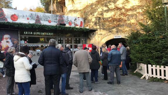 Valkenburg Al In Kerstsfeer De Kerstmarkten Zijn Geopend L1