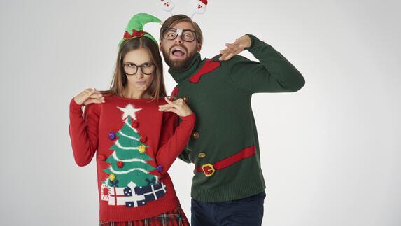 Foute Kersttrui Dag.Ons Gesprek Van De Dag Trek Jij Zo N Opvallende Gebreide Kersttrui