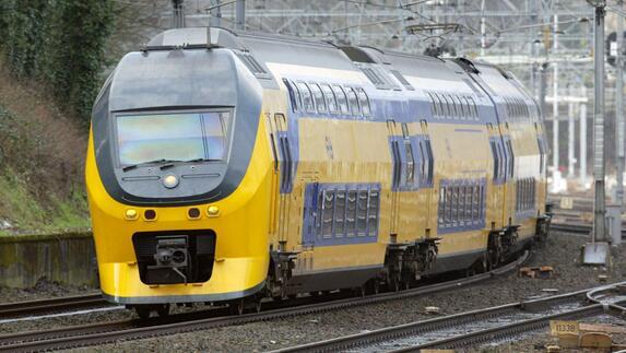 7a8b095c471 SP blijft trekken aan intercity Maastricht-Groningen - L1