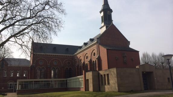 Franssen Keukens Venray : L bij de verbouwing van kapel servaashof in venray l